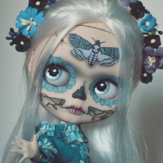 Custom Blythe doll by Lolidoli: Deathmoth Calavera, 2017