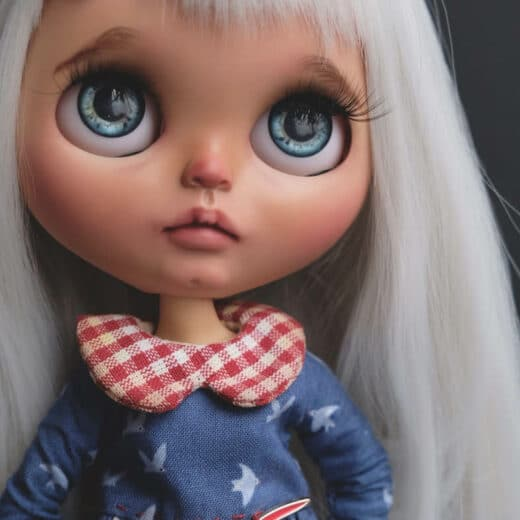 Blythe&Co is the brand name of Olga Pchelenko, a Blythe doll customizer from Russia.