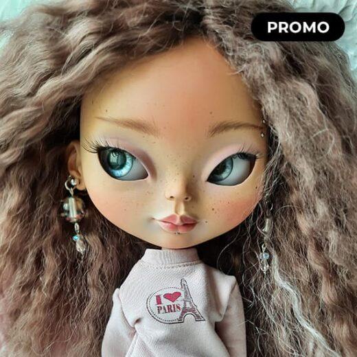 Custom Blythe Doll for Adoption / Sale by BlytheDollsIPStudio