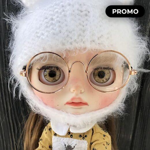 Custom Blythe Doll for Adoption / Sale by VintageFairytail